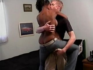 Beautiful Amateur Ebony Partygirl Fucked By A White Boy