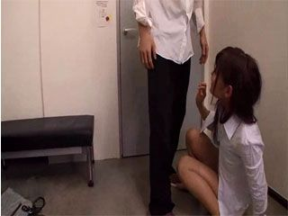 Poor Girl Gets Attacked In A Dressing Room While Getting Ready To Go Home From Work