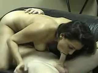 Amateur Wife Sucking Cock On A Webcam