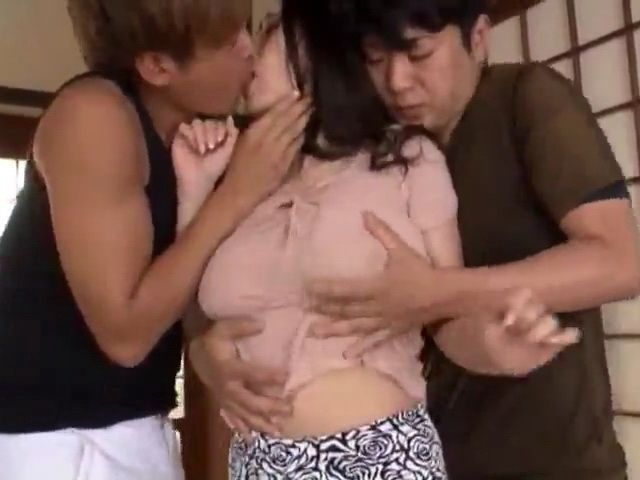 Busty MIlf Ayase Minami Regrets For Letting These Neighbor Boys In