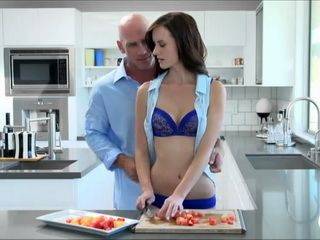Jayden Taylors Seduces her Man Into Super Passionate Sex In the Kitchen HD Porn