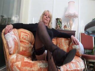 Mature British Audrey Showing Body xLx