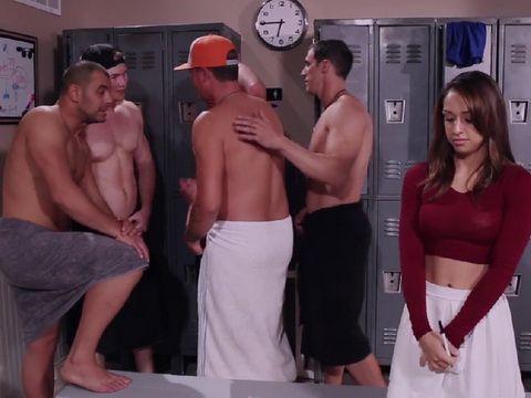 Horny Cheerleader Accidentally Entered The Mens Locker Room