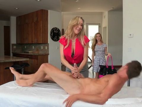 Sexy Daughter Boasted About Her Boyfriend Abilities In Bed And Have Agreed With Her MILF Stepmom To Try On Him