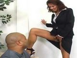 Lustful Business Manager Seduced BBC With Smell Of Her Pussy