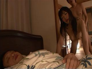Cover Of The Night Is The Right Time For Cheating Mom Nao Mizuki To Visit Stepsons Bedroom
