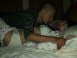 jadna devojka nije ocekivala posetu u svom krevetu od strane nepoznatog napaljenog momka