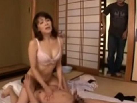 Boy Catches Other Brother Fucking Their Stepmother Sayuri Takizawa