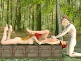 3D anime threesome fucked in the forest