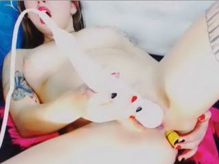 Japanese Beauty Masturbating On A Webcam