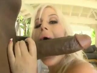 Huge Size Black Dick Was Real Challenge For Bootylicious MILF
