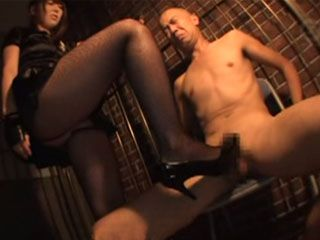 Naughty Police Woman Yui Hatano Has Special Interrogation Methods For Criminals