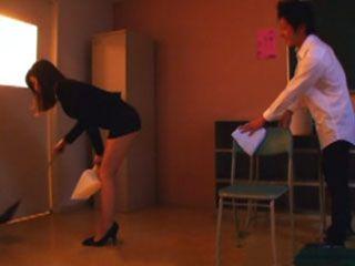 Substitute Teacher Aki Sasaki Driving Crazy Young School Boy