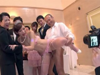 On A Wedding Ceremony Father Insist To Put New Sons Wife Into Final Test