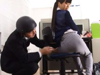 Hot Ass Japanese Secretary Giving A Oral Pleasure To Filthy Boss In The Office