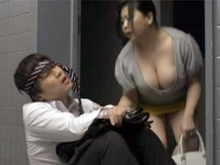 Fat Big Breasts Woman Gave Amazing Blowjob And Titjob To Her Sons Friend
