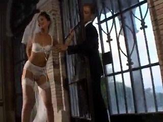 Just Married Couple Starts Honeymoon Sex Immediately