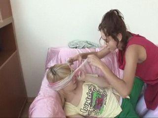 Lesbian Girlfriend Amateur Sex in Dormroom