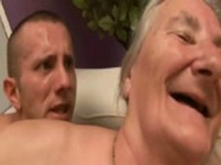 Margit (76 years old) - Gives Toothless Head (www.Garanny.com)