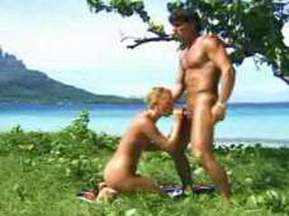 Sex On The Beautiful Hawaii Beach