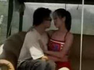 Thai Teen Girl Likes To Have Sex With Older Guys
