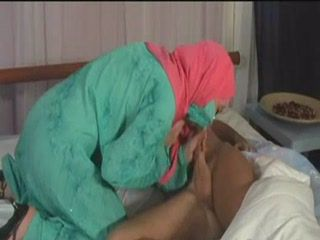 Young Hijab Muslim Arab Mommy Awakes and Gets Fucked Hard By Neighbor Boy