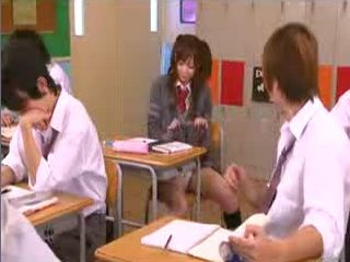 Japanese Schoolgirl Run Away From Classroom To Do Some Porn