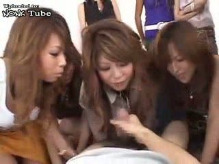 Orgy With Many Japanese Girls