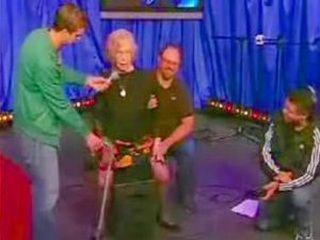 Howard Stern  - Rappin' granny