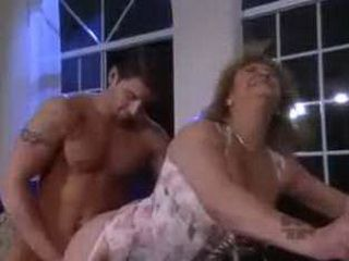 Car Driver Fucked Mature Lady boss in her Apartment
