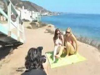 Nikki & Kylie Go Nude In Public