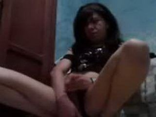 Shemale Webcam Slut Masturbating
