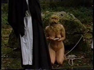 Punish novice nuns 4