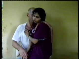 White Man Convinced Indian Woman To Give Him Oral Pleasure For Pussyfingering