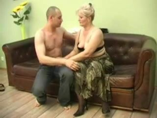 Younger Man Fuck Fat Russian Mom In Livingroom
