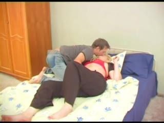 Russian Teen Boy Fucked Stepmom In Her Bedroom