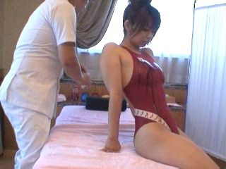Japanese Swimming Champ Went To Wrong For Massage