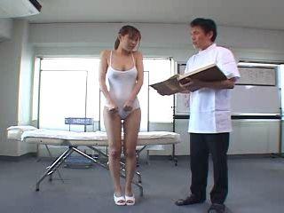 Acupuncture Medicine Helps Girl To Reach Orgasm