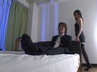 Japanese Secretary Gets Fucked In a Motel