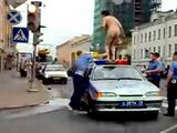 Russian Police Against Naked Lunatic
