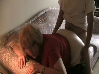 Amateur Mature British Mom Gets Fucked By Boy