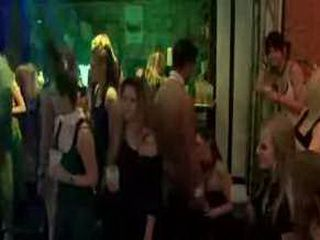 Cfnm Nightclub Blowjobs By European Sluts