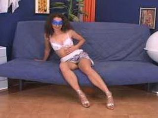 Italian Sexy Wife Masturbate Moglie