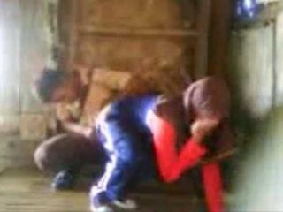 Arab Schoolgirl Fucked In A Shed By Her Inexperienced Classmate