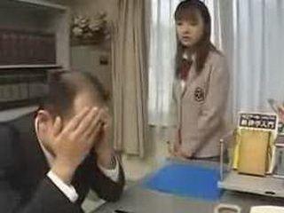 Natsumi Yoshioka - Class President