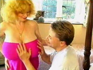 Vintage Huge Natural Boobs Milf Makes Guy Happy