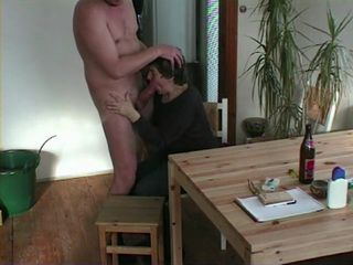Amateur Granny Wife Gives Blowjob and Handjob To Hubby CFNM Homemade