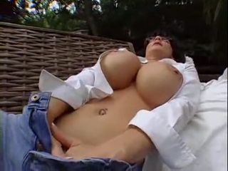 Big Tits Mom Masturbate In the Backyard Before Fuck