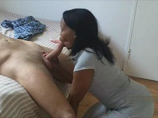 African Hotel Maid Giving Blowjob To White Tourist