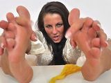Brunette Ella nylon feet
